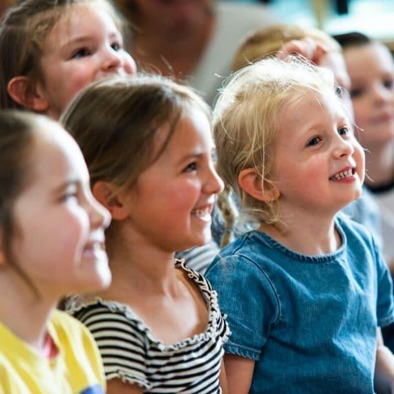 Laughing Kids with Dazzling Darren Children's Magician Leeds Hire